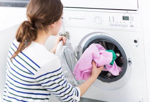 Is it possible to wash microfiber in washing machine