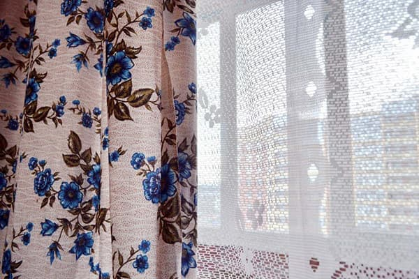 how to wash tulle and curtains in washing machine